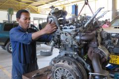 Engine Overhaul Automotive Workshop